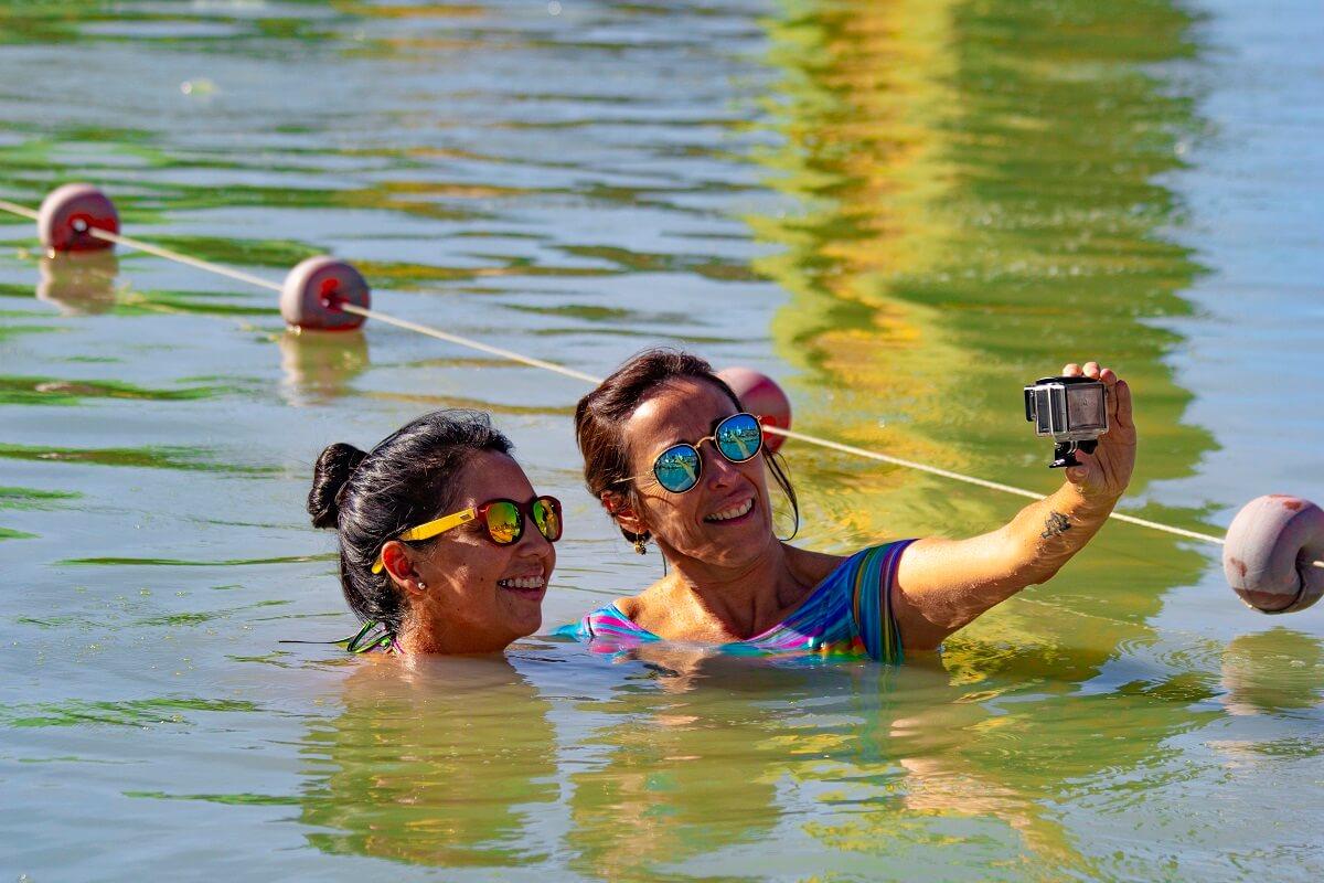 Chicas en laguna verde Copahue Complejo Termal